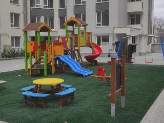 Sky House. Sunt proprietar. Apartament 2 odăi+living spațios, Andrei Doga