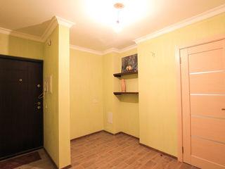 43900. владелец. замечательная 2 комнатная квартира, двухсторонняя, после капитального ремонта.