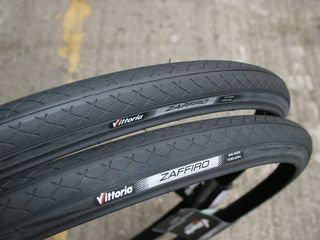 Anvelope noi Schwalbe, Continental, Michelin, Vittoria = Road & Cyclocross