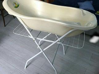 """Продам детские ванночки """"Ok Вaby (Италия)- 400 л и Tega Baby на подставке с горкой - 500 лей Буюканы"""
