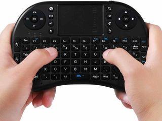 Продам аэромышь,с аккумуляторами и клавиатурой!