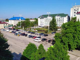 Центр Города.Напротив Примэрии