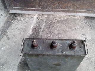 Продам конденсатор 3фазньи