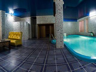 Финская сауна с теплым соленым бассейном saune