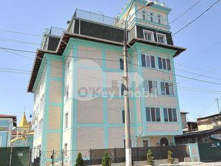 Apartament de tip Club House, 3 camere, 84 mp, Centru 63500 €
