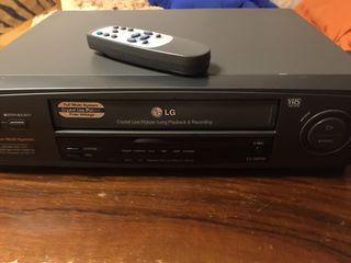 Видеомагнитофоны LG и SAMSUNG