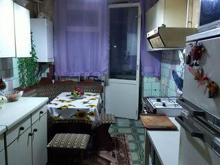 Продается 3 - х комнатная квартира