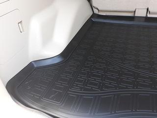 Covor Ковер в багажник,calitativ covorase din poliuretan pentru interior si portbagaj Unidec