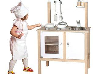 Bucătărie din lemn pentru copii