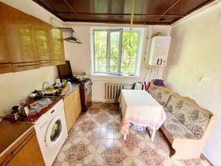 Se vinde casa cu 2 odăi în sec. Ciocana!