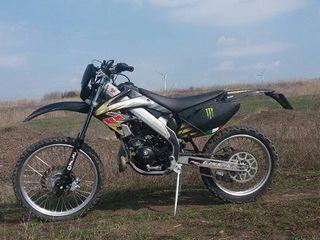 Honda Cre rr  ( italy )