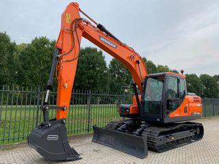 Excavator DX140LC