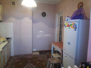 3-х комн. кв. 6/9, 70 м2, евро ремонт-40000 евро центр