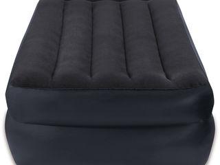 Надувные кровати Intex 64122 (99х191х42 см) с встроенным насосом 220В