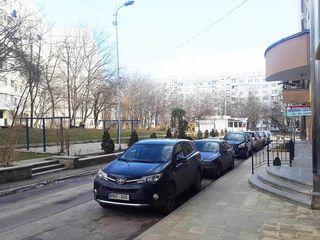 Spațiu comercial, parter bloc nou, str. M. sadoveanu, cerc str. A. Russo