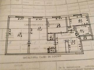 Vind apartament cu 3 camere orașul Cornești.