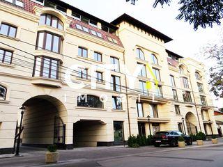 Продаётся 5-и комн. квартира, Кишинев, Центр 200 m