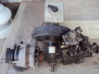 Аппаратура и генератор  вакум главный тормозной  Форд.-1998