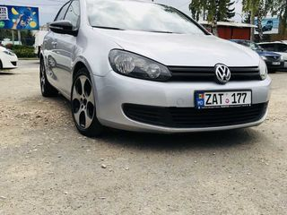 Rent a car chirie auto прокат авто 24/24 golf dacia bmw opel ford fiesta hyundai sandero audi volvo