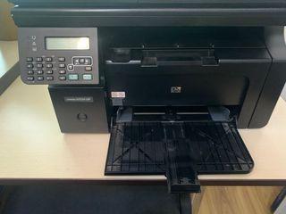 Se vind 2 printere LaserJetM1212