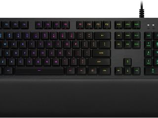 Logitech g513 rgb backlit mechanical gaming keyboard with gx blue clicky key switches (carbon)