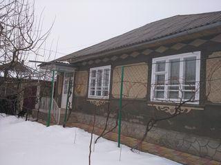 Vind casa in satul Calugar, raionul Falesti