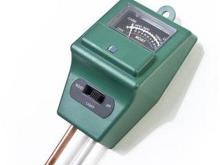 Электронный помощник садовода и агронома. Измеритель влажности и кислотности почвы прямо на участке