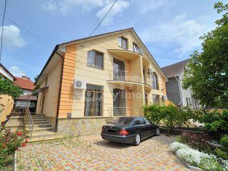 Duplex, Botanica, 146 mp, 115900 € !