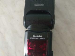 Nikon sb 900 sb 600 Elinchrom D-lite 2