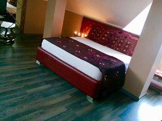 Мы доступны 24/24 lux  комната  от 399 лей и по часов за 50 лей звоните!