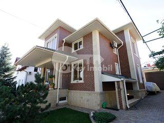 Casa cu 3 nivele, Râșcani, reparație euro, 310 mp, 2000 € !