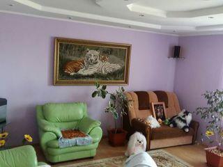 котельцовый дом 200м2 на участке 27 соток и еще 50 соток огорода, 40км.от Кишинева