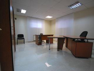 34м2 Офисы в Центре г.Кишинева по ул.Василе Александри