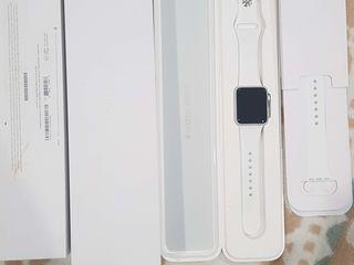 Apple watch sport 38mm- silver aluminum case, white band - URGENT