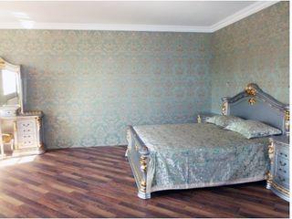 12 соток -  идеальный дом для вашей семьи с садом и бассейном  - о цене договоримся!!!