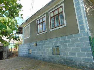 Pret NOU, casa in raza mun.Chisinau,c.Hrusova supr.tot.170m2, beci, garaj, autonoma,comunicatii