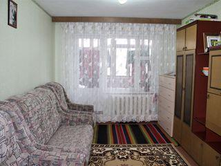 Apartament cu 1 camera, seria Varnita, langa piata Ceucari , 40 mp