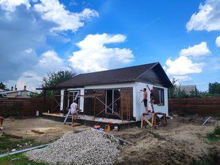 Построим современный дом в черте города. Проект дома из СИП панелей за 28 дней!