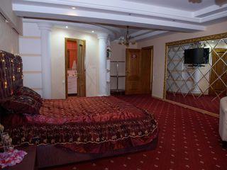 VIP studio apartamente Centru superbe pe ore/sutca de la 50 lei!!! 399 lei noapte