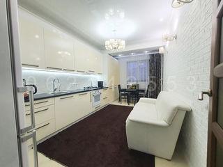 Apartament cu 3 camere și încălzire autonomă la Poșta Veche, 83 m2!