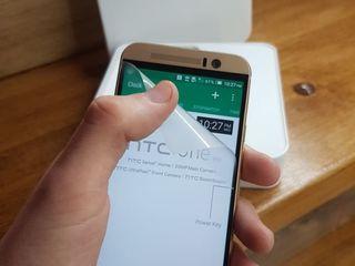 HTC One M9 32Gb gold on Gold продам срочно!Новый!
