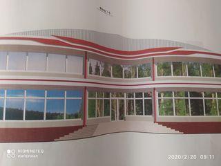 Продаётся здание под торговый центр в центре Тирасполя(49% готовности)