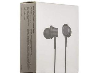 Наушники Xiaomi Mi in -Ear Headphones Basic!