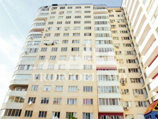 В продажу пентхаус, в секторе Чеканы, бул. Мирчя чел Бэтрын, с прекрасной панорамой!