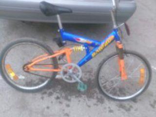 vind bicicleta in stare foarte buna, nu scump.