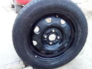 Kumho 165/65 R14 с диском 4*100
