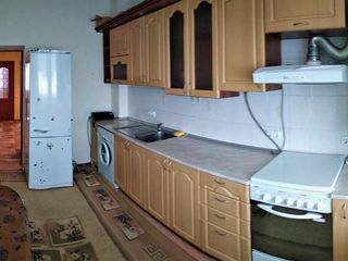 Oferim spre chirie apartament cu 3 camere, Sect.Botanica/Str.Mihai Grecu