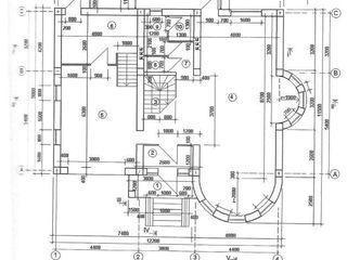 Spre vânzare casă cu 2 nivele în orașul Vatra. Locuința are o suprafață de 200 mp (conform planului)