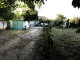 Vand casa in centrul comunei Truseni