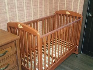 Кроватка итальянская - 1800 лей. Made in Italy.